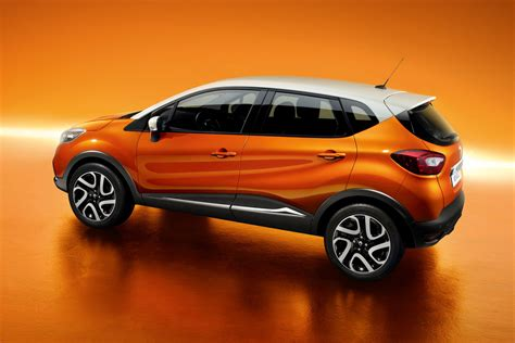 renault captur renault captur 35 widescreen car wallpaper