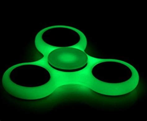 fidget spinner and other amazing stress relieving objects books xbox 360 center light