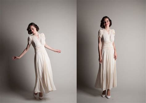 1940s Vintage Wedding Dresses by 1940s Wedding Fashion Trends Wedding Dress Inspiration
