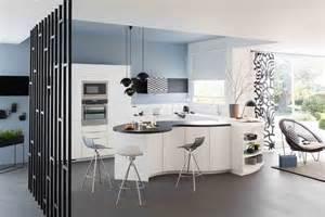 Formidable Plan De Travail Cuisine Corian #2: Cuisine-gaia-et-galbe-mobalpa-ambiance-arabesque_5747145.jpg