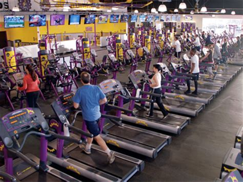 planet fitness shakes up the franchise landscape