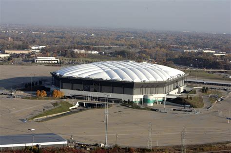 pontiac silverdome everything must go silverdome s assets for sale aol