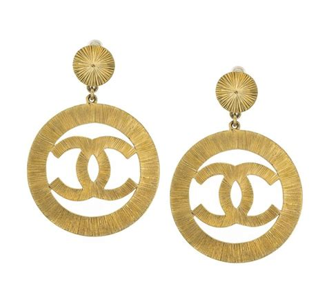 vintage chanel cc large gold dangling earrings