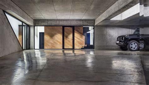 Garage Maison Moderne Interieur by Maison D Architecte En Bulgarie Offrant Une Superbe Vue