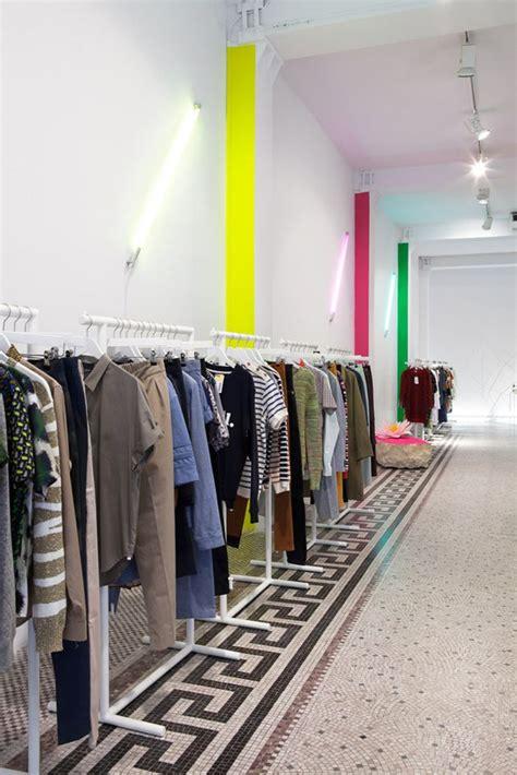modern retail interiors found associates plastolux 132 best retail interiors images on pinterest retail