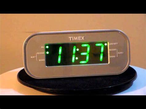 Timex T231w2 Large Display Alarm Clock Radio With Dual