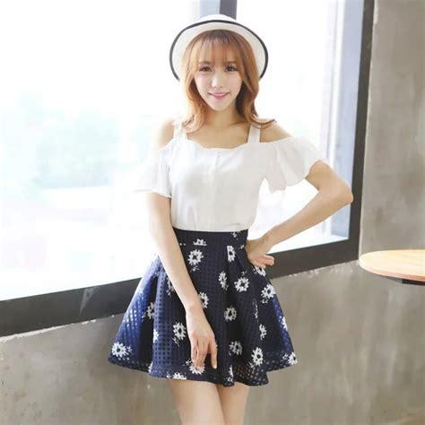 Baju Atasan Casual Lengan Panjang Putih Biru Korean Style jual baju atasan putih sabrina bahu terbuka rok biru rok motif rok pendek setelan baju