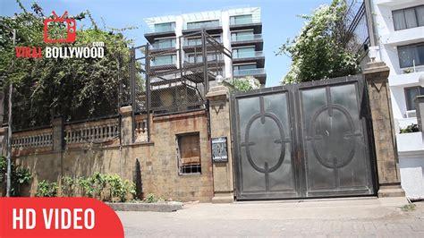 shahrukh khan house a minute at mannat shah rukh khan house srk home in