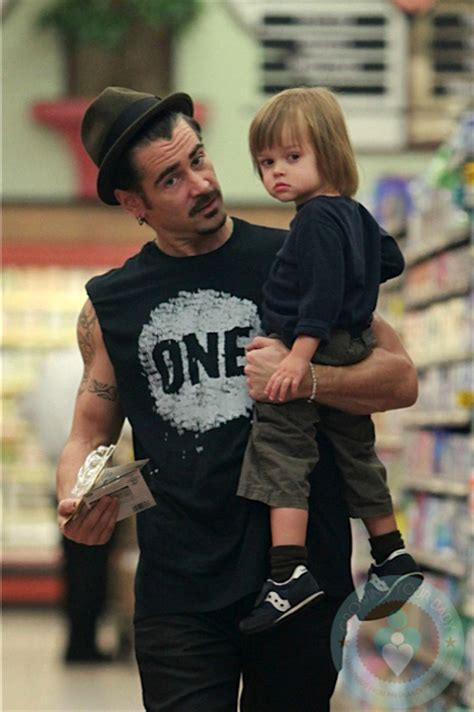 St Farel Kid Merah 1 1 colin farrell shops with his growing your baby