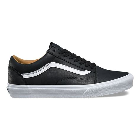 Vans Skool Blackl White Jual Vans Oldskool sneakers vans skool premium leather black true white snowboard zezula