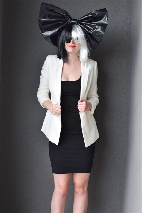 black and white photo creative costumes for 30 last minute costume ideas festival around the world