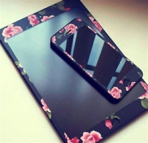 Casing Hp Black Froral Flower Print Iphone 5 5s Iphone 5c sunglasses iphone flowers technology jewels iphone skin floral gold