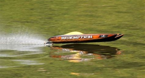 wax boat hull or not does waxing a boat hull increase speed