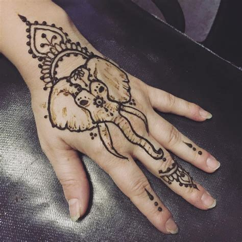 elephant henna tattoo tattoo designs hena pinterest