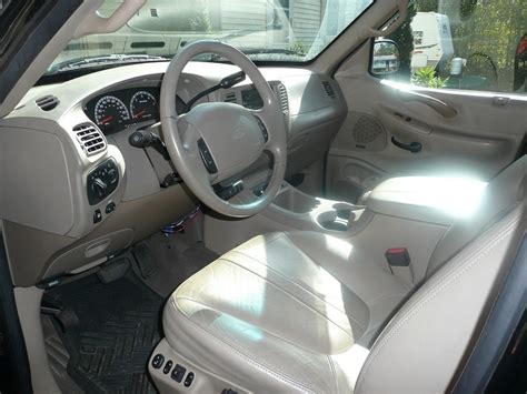 2002 Ford Expedition Interior by 2002 Ford Expedition Interior Pictures Cargurus