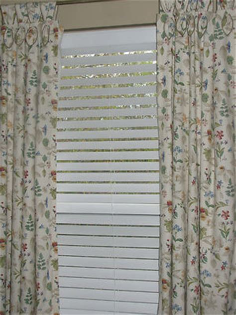 longaberger curtains longaberger botanical fields tab panels or curtains