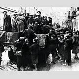 Jewish Ghettos During The Holocaust | 964 x 774 jpeg 145kB