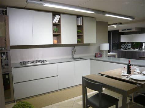 piano cottura okite cucina valdesign cucine cucina laccata grigia opaca piano