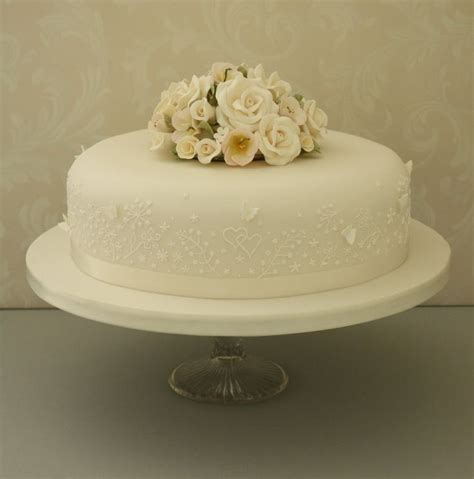 New Single Layer Wedding Cake This Is The Style I Like Ribbon Around The Base Some