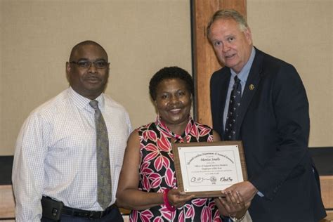 Scdnr Offices by Scdnr Distributes Division And Agency Employee Of The Year