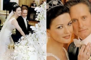 catherine zeta jones and michael douglas wedding cake long hairstyles