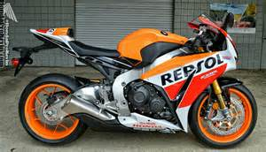 Honda Repsol Official 2016 Honda Cbr1000rr Announcement Repsol Sp