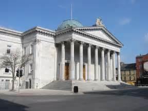 courtesy of blue dolphin b b cork court house cork city