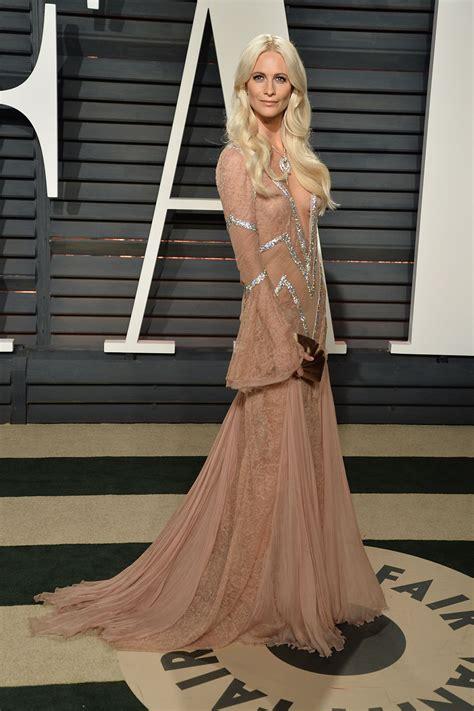 Vanity Los Angeles Poppy Delevingne At Vanity Fair Oscar 2017 In Los