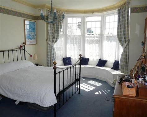 bedroom bay window seat window seat design ideas photos inspiration rightmove home ideas