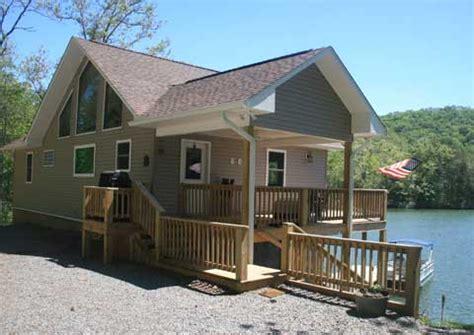 mountain lakes house mountain lake house cabin rental on lake santeetlah 828 479 8558 or 828 735 2049