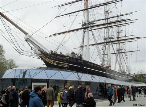 Poesa En U K by Cutty Sark Malcolm Oliver S Waterworld
