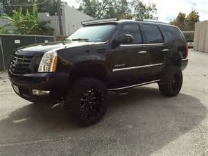 Lifted Cadillac Escalade 2008 Lifted Cadillac Escalade 7 Quot Lift 54 Quot Cree Led Curved