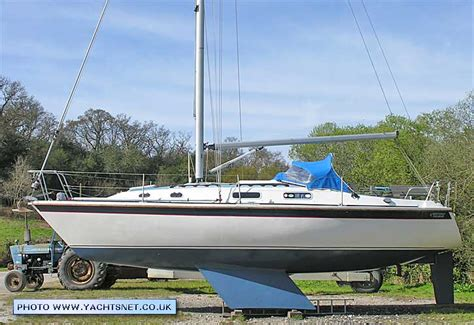 boat with a very fine net westerly fulmar archive details yachtsnet ltd online uk