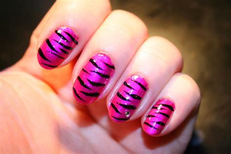 imagenes de uñas de cebra 10 bellesalud dise 209 o de u 209 as color fucsia v 237 deo dise 241 o