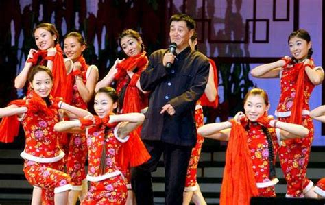 cntv new year gala zhao benshan big profits from recast traditions
