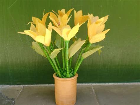 membuat kolase kupu kupu dari daun kering kerajinan tangan bunga dari kulit jagung murah kursi sofa