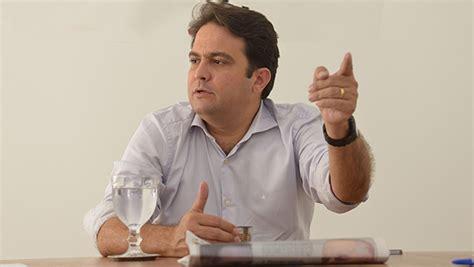 maldita coleta com d 237 vida milion 225 ria prefeito tenta evitar paralisa 231 227 o da coleta de lixo em an 225 polis jornal