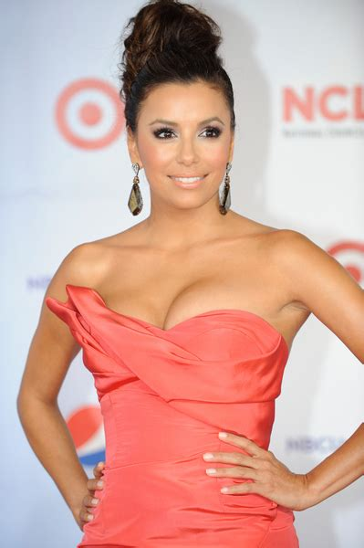 which actresses are 36 years old longoria likes being eva longoria highest paid tv actress 2011 by forbes