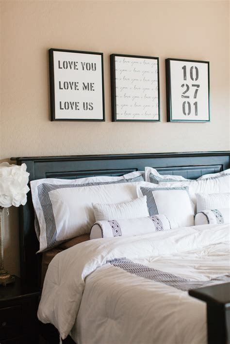 what to put in a bedroom design a wall with shutterfly the tomkat studio