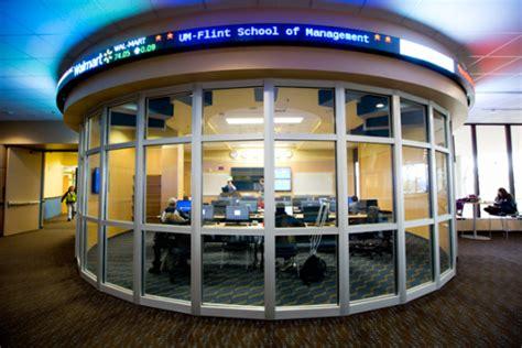 Mba U Of M Flint by Um Flint School Of Management Students Volunteer Free Tax