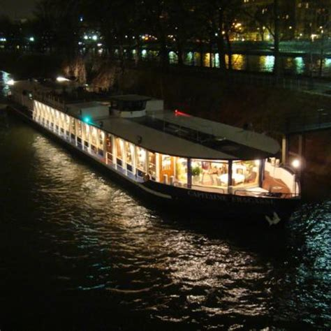 bateau mouche capitaine fracasse le bateau the capitaine fracasse boat picture of