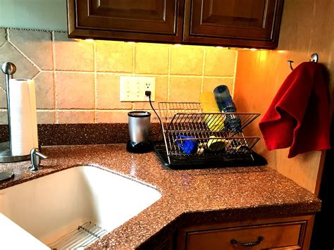 Cleaning Kitchen Countertops by Cleaning Tips For Easy Summer Entertainment