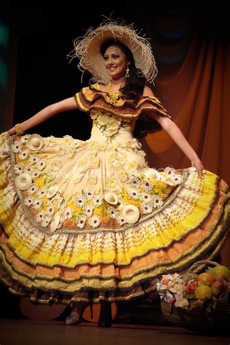 www trajes tipicos de criolla bonita elecci 243 n traje t 237 pico con las candidatas a miss ecuador