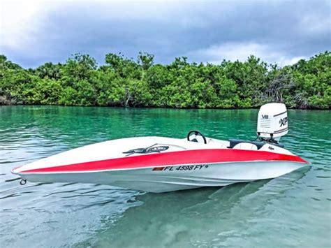fast hydrostream boats hydrostream v king v8 300hp go fast speedboat custom
