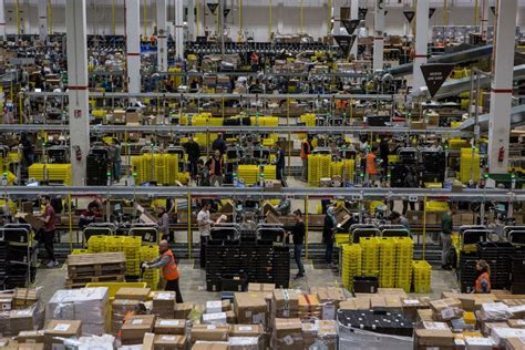 amazon italy amazon staff won t work in italy germany this black friday
