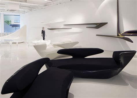 ZAHA HADID DESIGN GALLERY IN LONDON