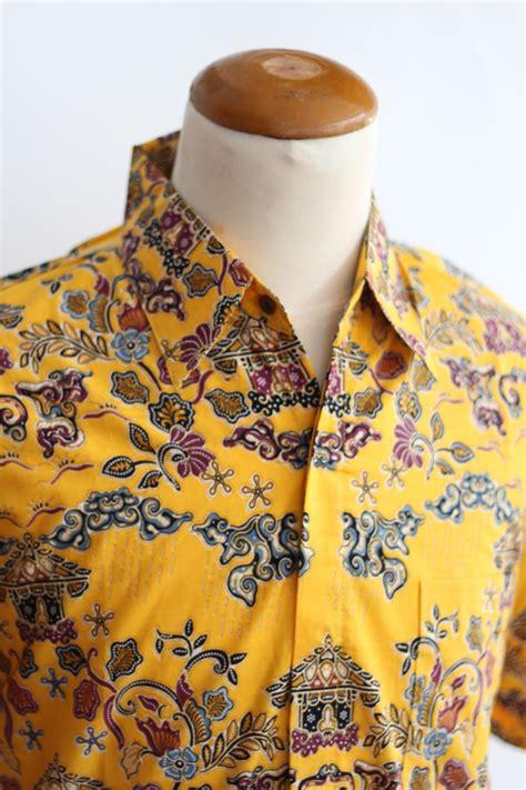 Batik Pria Motif Leaf Kuning kemeja batik kuning motif bogor hujan gerimis