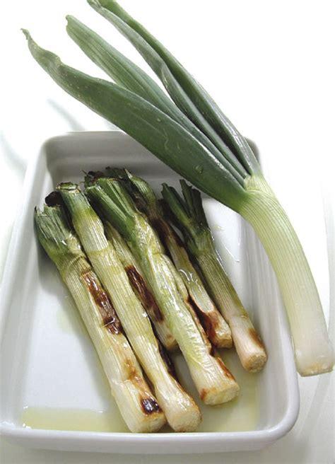 come cucinare i cipollotti freschi ricetta cipollotti alla griglia