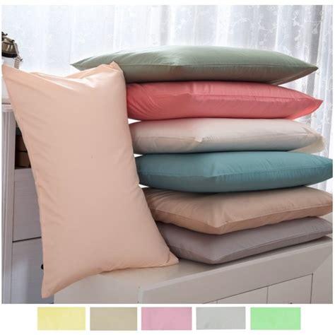 federe cuscini letto coppia di federe in cotone tinta unita per cuscino letto