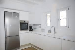 All White Kitchen by All White Kitchen